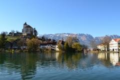góry i jezioro Liechtenstein